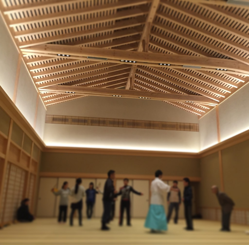本宮祭の大和舞、巫女舞の練習